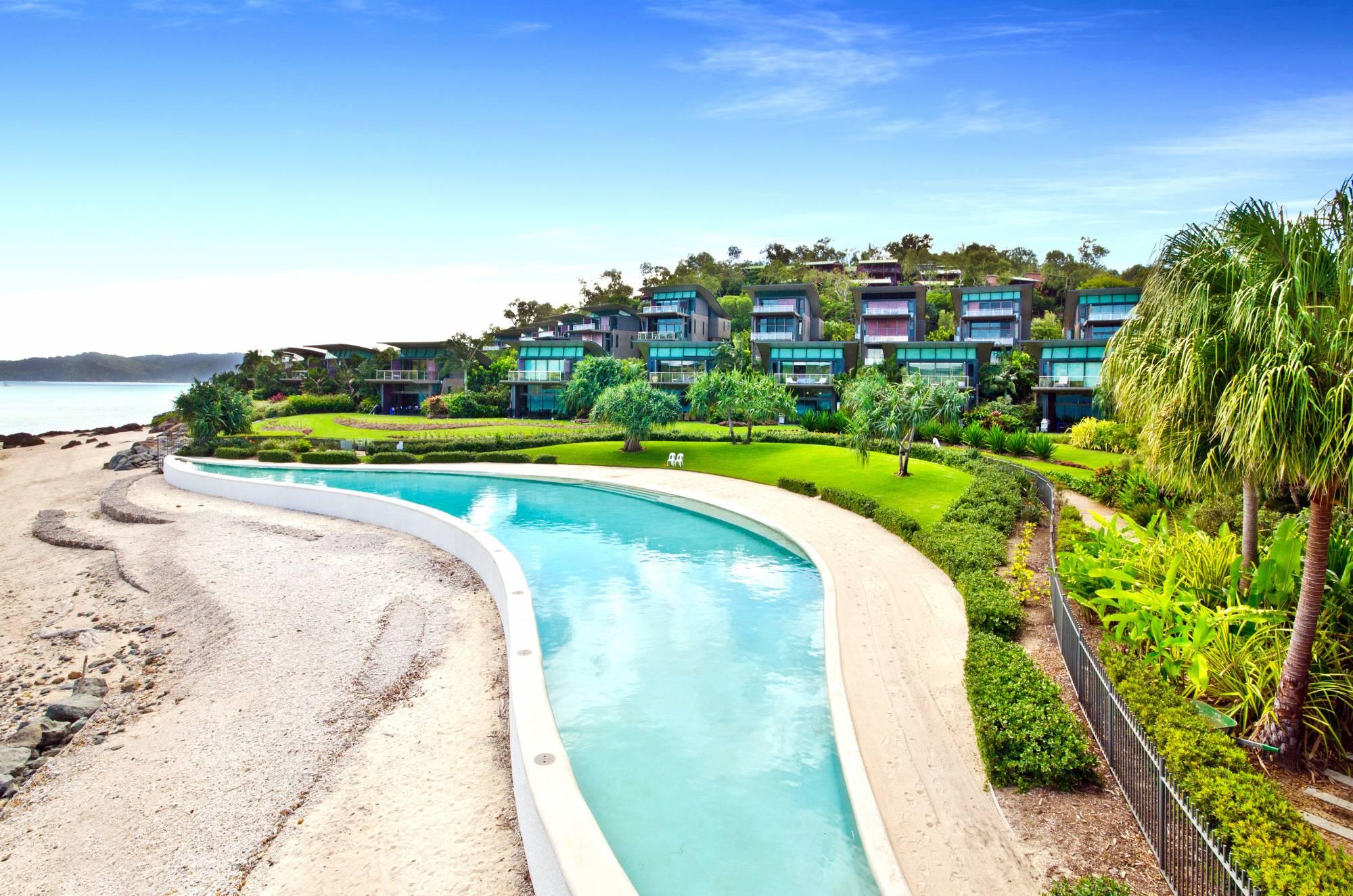 yacht club villa 28 luxury villa hamilton island. Black Bedroom Furniture Sets. Home Design Ideas