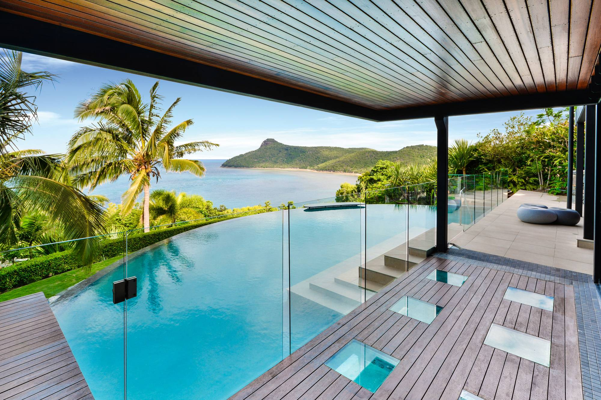 High Quality Pure Luxury: Exclusive Hamilton Island Holiday Homes