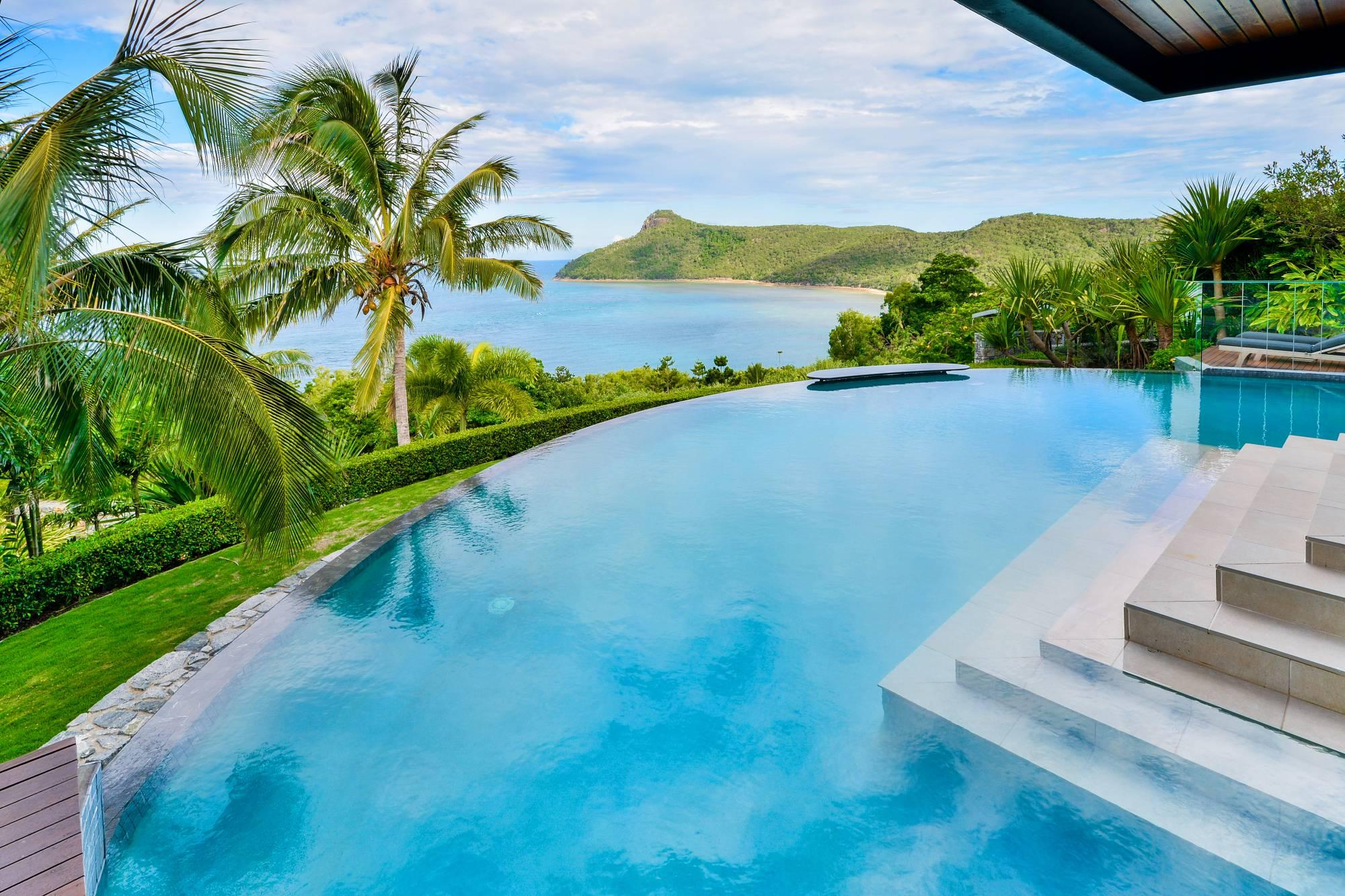 Glass House Hamilton Island Luxury Homes