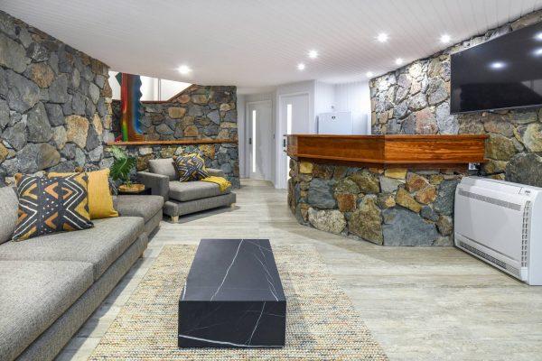 Downstairs lounge & bar