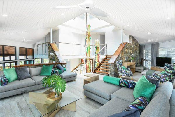 Lounge open plan